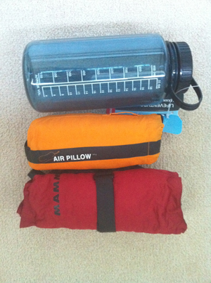 Air pillow and Soft skin pillow vs water bottle