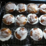 Hairy Dieters skinny lemon and blueberry cup cakes (iced)